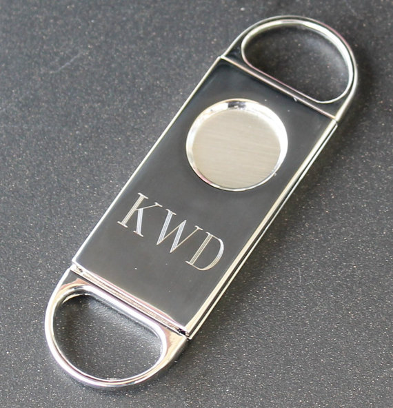 Свадьба - Personalized Cigar Cutter - Groomsmen Gift - Fathers Day Gift - Wedding Party Gift - Best Man Gift