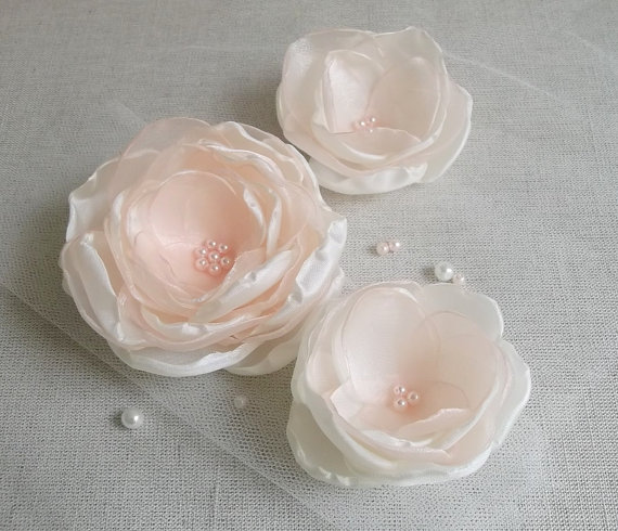 Mariage - Ivory, Cream Flower in handmade, Bridal hair accessory, Weddings, Bridesmaids Dress Brooch, Hair Shoe clip, Flower girls gift, Birthday, Set