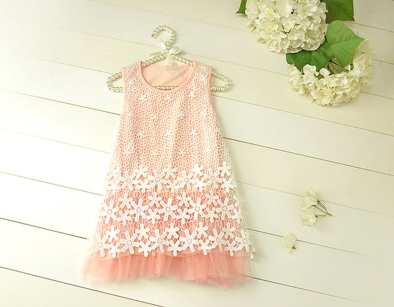 Mariage - Coral flower girl, Wedding dress,Lace baby dress,coral baby dress,girls dress,flower girl dress,lace dress,birthday dress,toddler dress