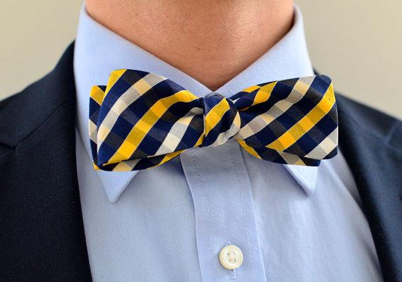 Свадьба - Men's Bow Tie in Navy and Gold- freestyle slim wedding groomsmen custom bowtie neck self tie cotton plaid white blue yellow plaid