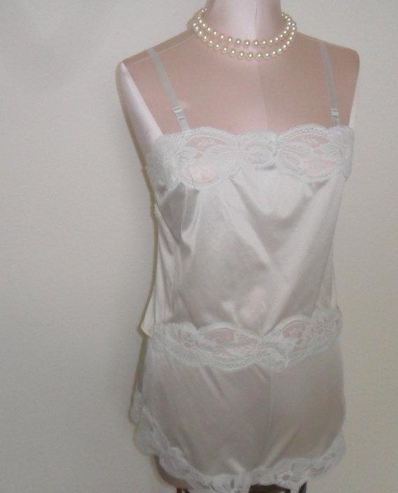 Свадьба - Vintage Camisole Tap Pants Set Sanger Harris