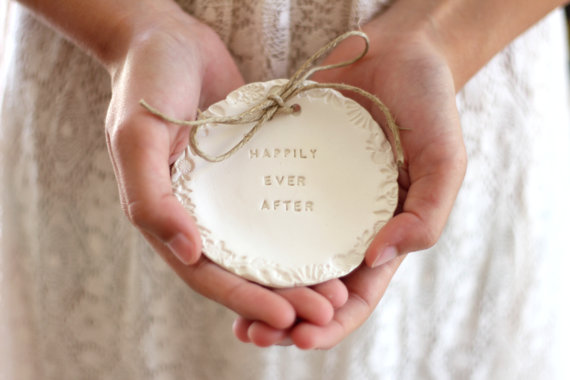 Hochzeit - Ring bearer pillow alternative, Happily ever after Wedding ring bearer Ring dish Ring pillow alternative Ceramic ring holder