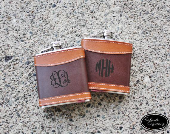Свадьба - Monogram Flask - Personalized Flask - Custom Flask - Leather Flasks - Hip Flask - Gift for Him, Groomsmen, Bachelors, Fathers Day, Wedding