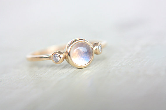 Mariage - Rainbow Moonstone and Diamond Ring 14k Yellow Gold Natural Moonstone Diamond Gold Ring Made in Your Size Rainbow Moonstone Engagement Ring