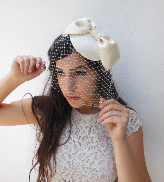 Mariage - Ivory Birdcage Veil, Giant Bow, Women's Hat, Bridal, Fascinator, Hair Accessory, Choose Your Own Colors, Blusher Veil