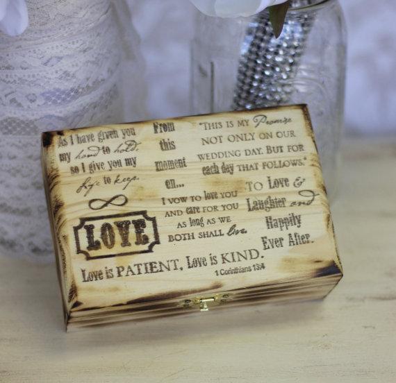 Mariage - Rustic Chic Ring Bearer Pillow Box (item S10063)