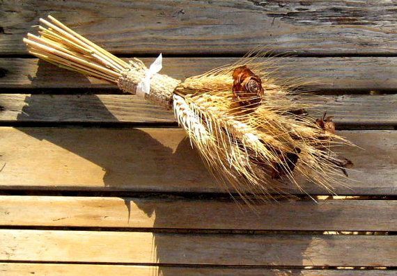 Mariage - Summer Wheat Bridesmaid or Flower Girl Bouquet -   Dried Wedding Bouquet   - Wheat Bouquet - Cedar Rose, Wheat & Iris