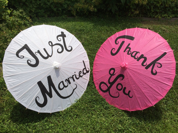 Mariage - Paper Parasols for Wedding Pictures, Wedding Decor, Wedding Ceremony, Beach Wedding, Paper Umbrella, Destination Wedding, Paper Umbrella