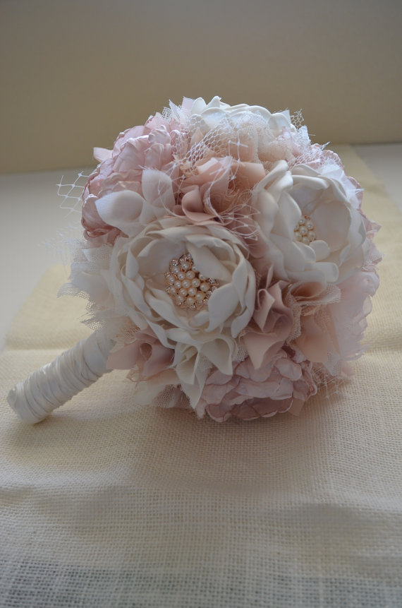 Свадьба - Large Bouquet - Blush, Champagne and Cream Bouquet - Heirloom Bouquet, Fabric Flower Bouquet, Fabric Bouquet, Keepsake Bouquet