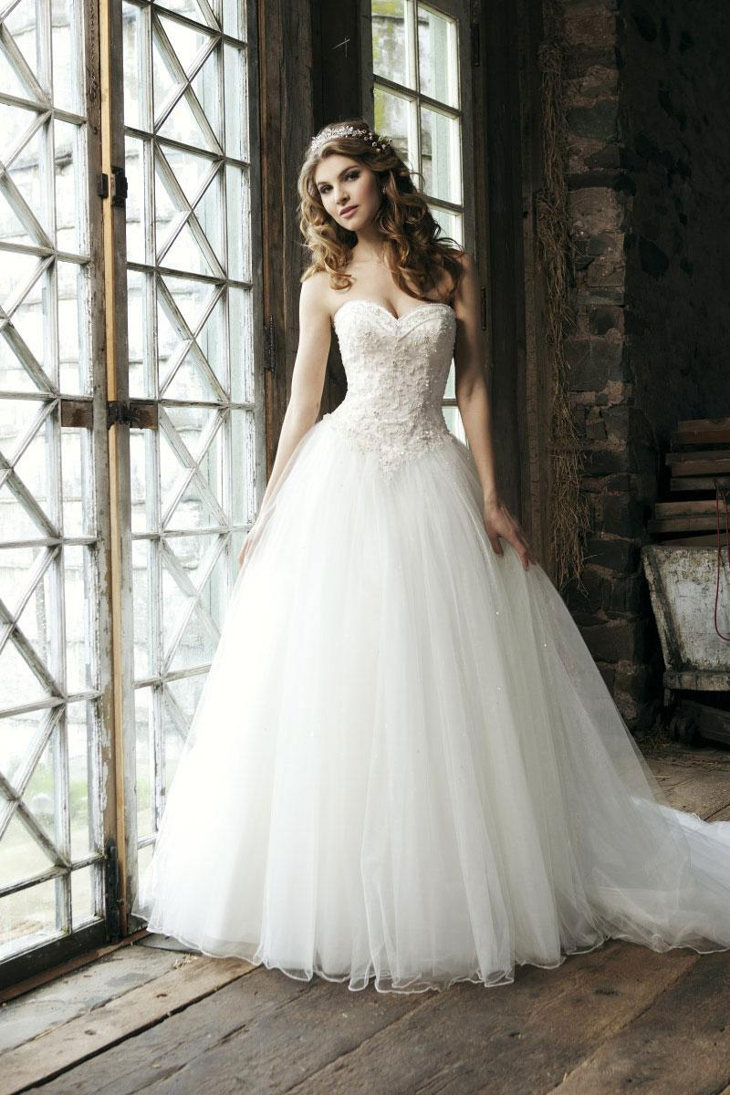Bridal beading gown tulle exquisite wedding dress cheap for Budget wedding dresses uk
