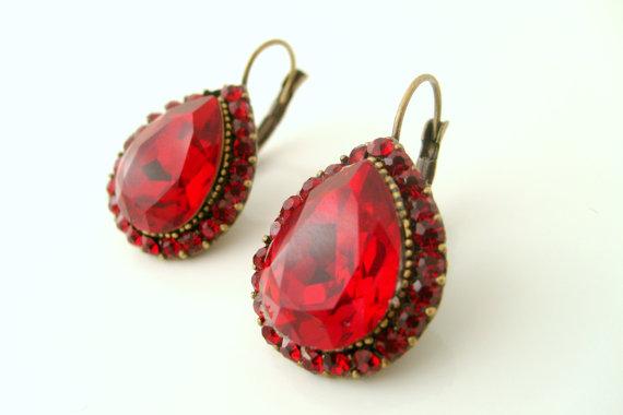 Свадьба - Vintage inspired art deco antique patina brass swarovski red crystal rhinestone leverback earrings wedding jewelry birthday gifts