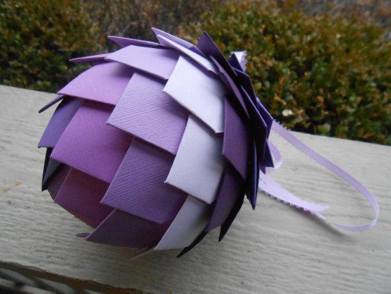 Свадьба - Purple Paper Ball Decoration.  Wedding, Ornament, Gift, Anniversary. Lavender, Lilac, Plum, Royal
