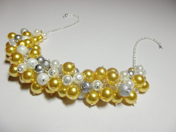 Mariage - Yellow White Gray Pearl Cluster Necklace, Christmas Gift, Mom Sister Grandmother Wedding Jewelry, Cocktail, Party, ONLY ONE