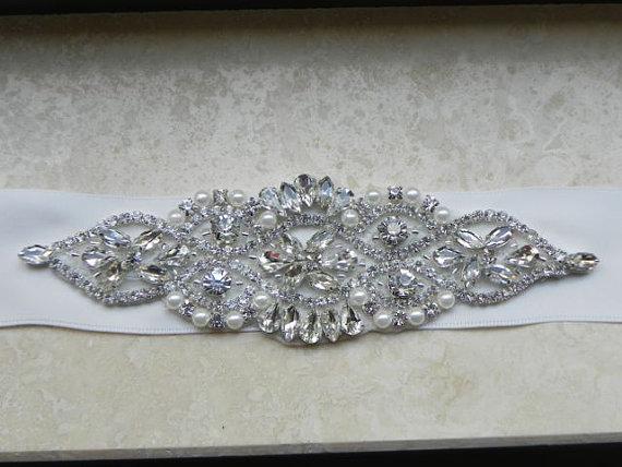Mariage - Pearl and Rhinestone Flower Bridal Applique - Wedding Dress Belt
