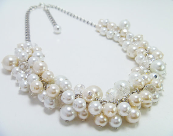 Mariage - Pearl Cluster Necklace, White and Ivory Cluster Pearl Necklace, Chunky Pearl Necklace, Pearl Bridal Jewelry, Bridal  Necklace, Pearl Jewelry