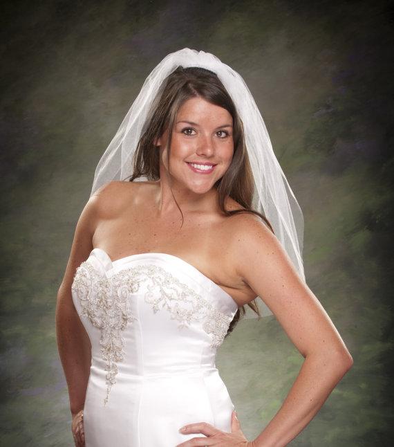 Свадьба - Plain Cut Bridal Veil Ivory 1 Layer Wedding Veil White Veil 28 long 1 Tier Veil White Tulle Veil Diamond White Veil