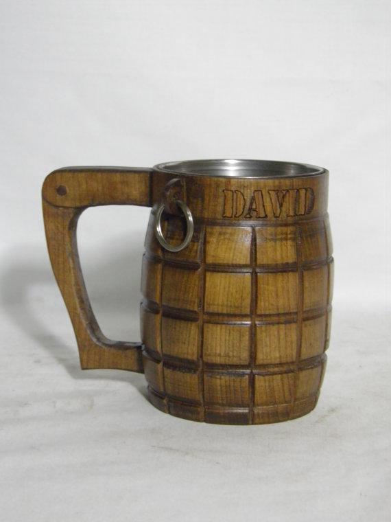 زفاف - Wooden Beer mug (hand-grenade) , 0,8 l (27oz) ,Custom engraving, natural wood, stainless steel inside,groomsmen gift