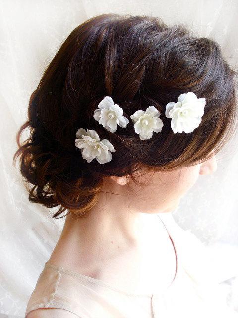 White Flower Hair Pins Bridal Accessories