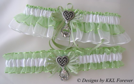 Hochzeit - Irish Wedding Garter Set Celtic Heart Knot charms Handmade Spring Moss White Garters