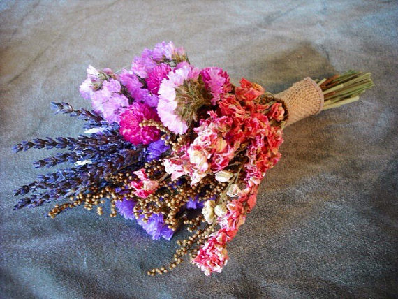 Wedding - Tiny dried flower bridal bouquet, perfect toss bouquet or for your bridesmaids. Featuring dried Lavender and Statice.