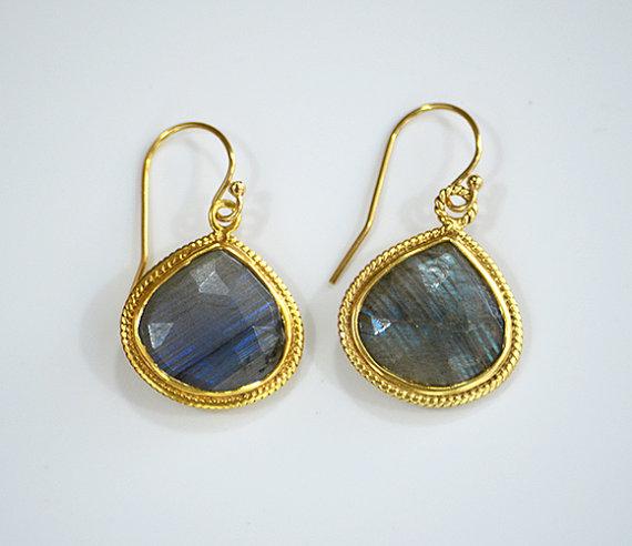 Hochzeit - Labradorite Earrings, Pear Drop Earrings, Statement Jewelry, Bridal Earrings, Gold Earrings, dangle earrings, labradorite jewelry, bezel set
