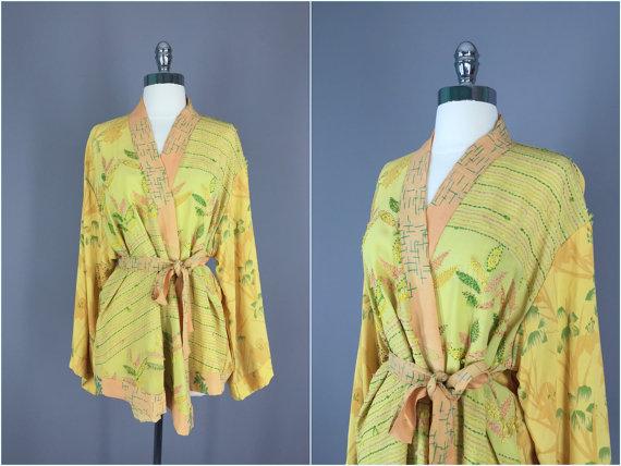 Mariage - Kimono / Silk Kimono Robe / Kimono Cardigan / Kimono Jacket / Wedding lingerie / Vintage Sari / Art Deco / Downton Abbey / Yellow Floral