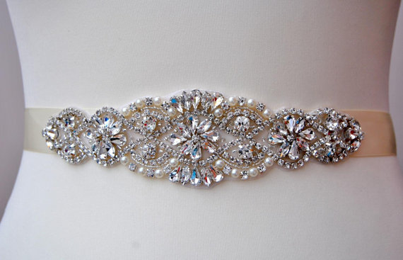 Hochzeit - Wedding Dress Sash Belt, Luxury Crystal Bridal Sash, Rhinestone Sash, Rhinestone Bridal Bridesmaid Sash Belt, Wedding dress sash