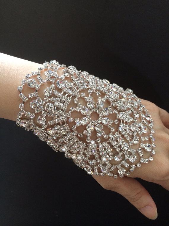 Свадьба - Vintage style sparkle rhinestone crystals wedding bridal jewelry charm bangle bracelet
