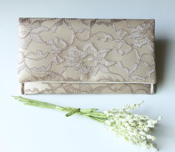 زفاف - The AMELIA CLUTCH - Lace Wedding Clutch - Bridesmaid Gift Idea - Taupe/Mocha Lace over Butter Gold Satin (petite version)