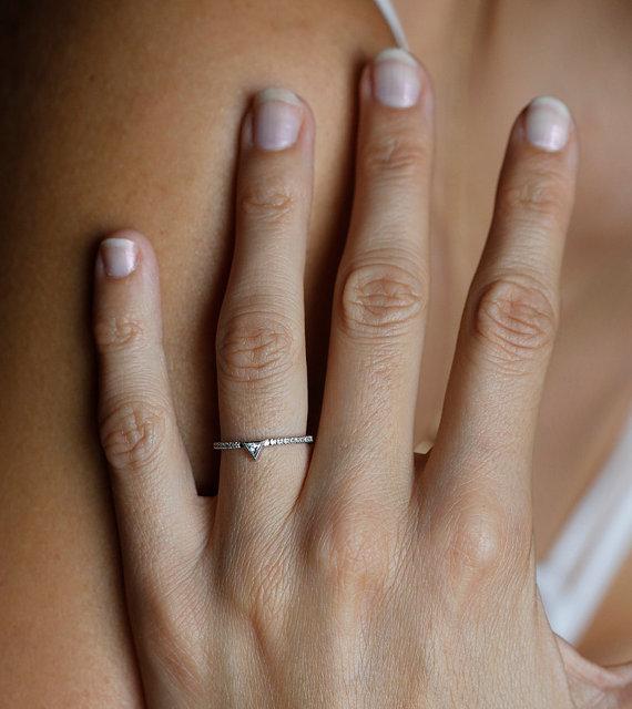 زفاف - White Gold Diamond Ring, Pave Diamond Band, Trillion Diamond Ring, Modern Engagement Ring