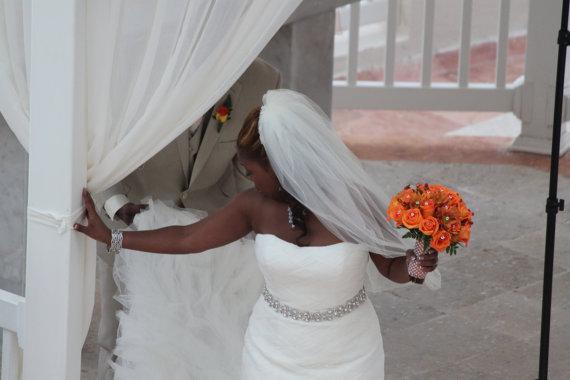 Свадьба - Rhinestone Chain Bridal Sash - Wedding Dress Belt