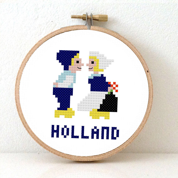 Funny Cross Stitch Pattern Of Delft Blue Holland Boy Kissing Girl
