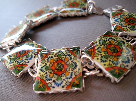 Mariage - Mexican tile pattern bracelet, Talavera reproduction bracelet, Mexican Wedding, Southwestern Folk art, Mexican jewelry, Southwestern jewelry