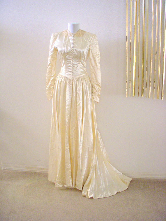 Vintage Ivory 30s 40s Wedding Gown With Train - Liquid Satin Ivory ...