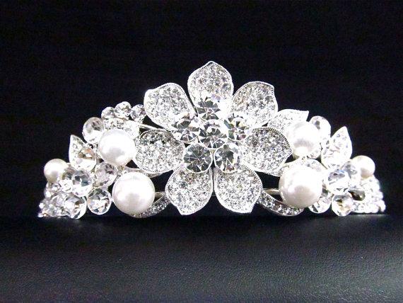 Свадьба - Rhinestone Pearl Floral Bridal Tiara, Wedding Rhinestone Pearl Hair Accessory ~ ET 05