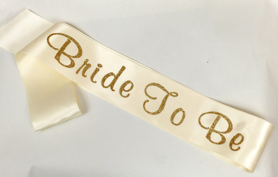 زفاف - Glitter Sash Available in Many Color, Custom Bridal Sash, Bachelorette Sash, Bride to Be Sash