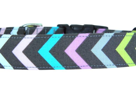 Свадьба - Pink Purple Gray Chevron Dog Collar/ Girl Dog Collar/ Pet Collar: Miss Chevron