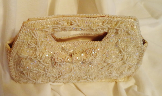 Свадьба - 1960s 70s Champagne Ivory Formal Clutch with Sequins and Satin Lining Wedding Bag