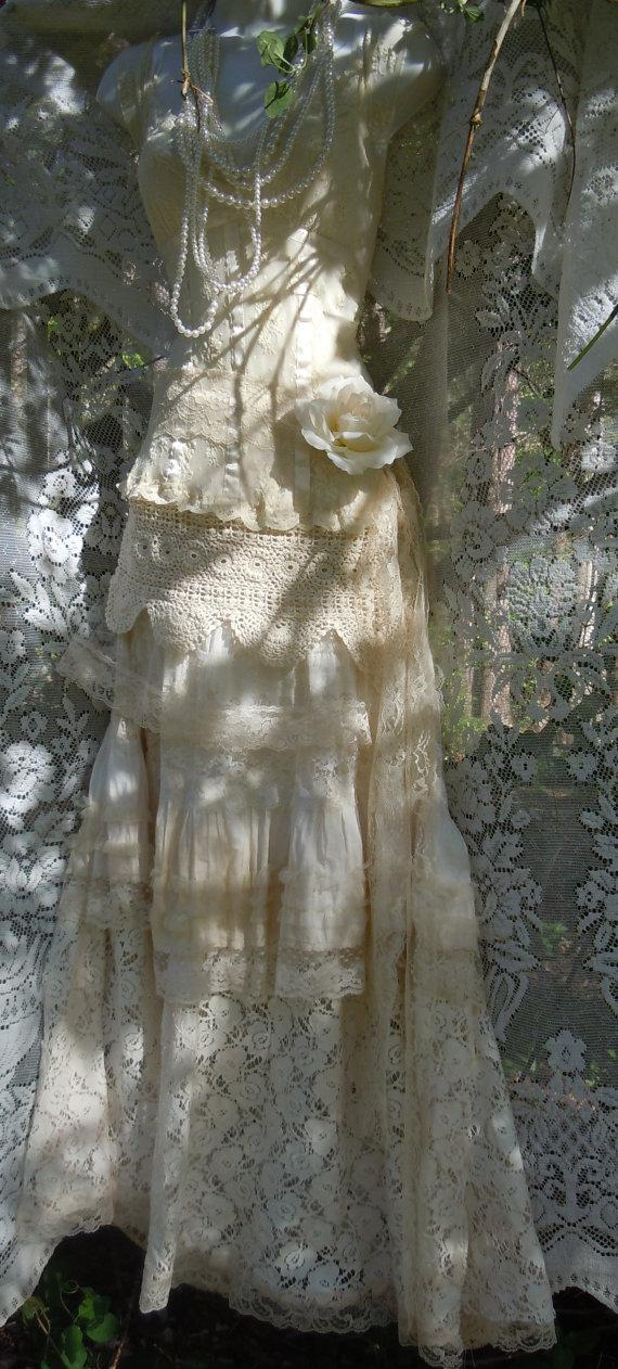 Mariage - Cream wedding dress tiered lace crochet mermaid flapper  vintage  bride outdoor  romantic small by vintage opulence on Etsy