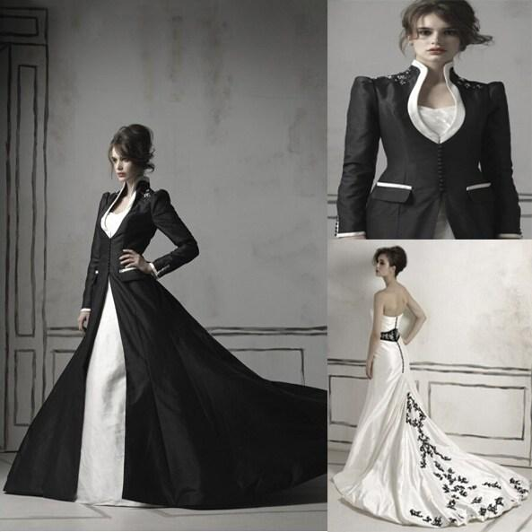 Black Long Sleeved High Collar Gothic Wedding Dresses