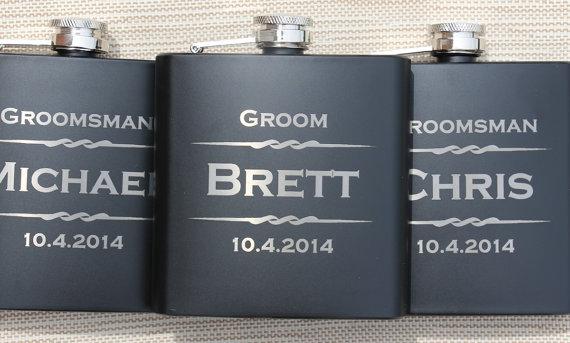 Mariage - 7 Personalized Flasks, Gifts For Groomsmen, Custom Engraved Liquor Flasks, Groomsman, Best Man, Hip Flask, Groomsmen Flask, Gift for Usher