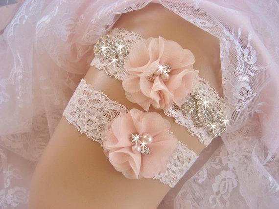 Hochzeit - Wedding Garter / Blush Garter / Crystal Garter / Toss Garter / Garter Belt / Garder / Ivory Garter / lace garter