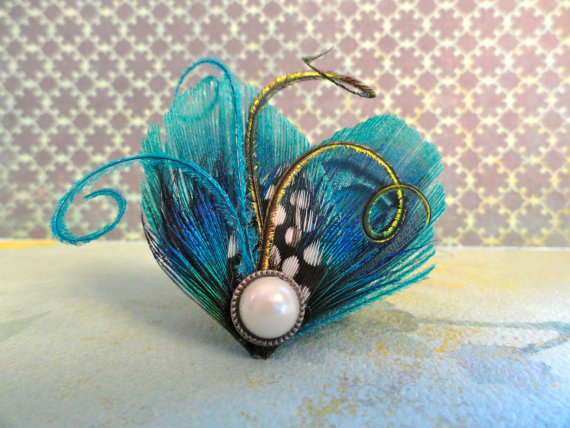 Mariage - WINTER Heart and Soul Collection - Teal Mini Peacock Clip, Feather Fascinator