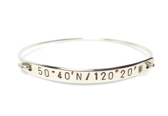 زفاف - Personalized Silver Latitude & Longitude Bracelet, Coordinate Bracelet, Hand Stamped Jewelry, Engraved Jewelry, Custom GPS Bracelet