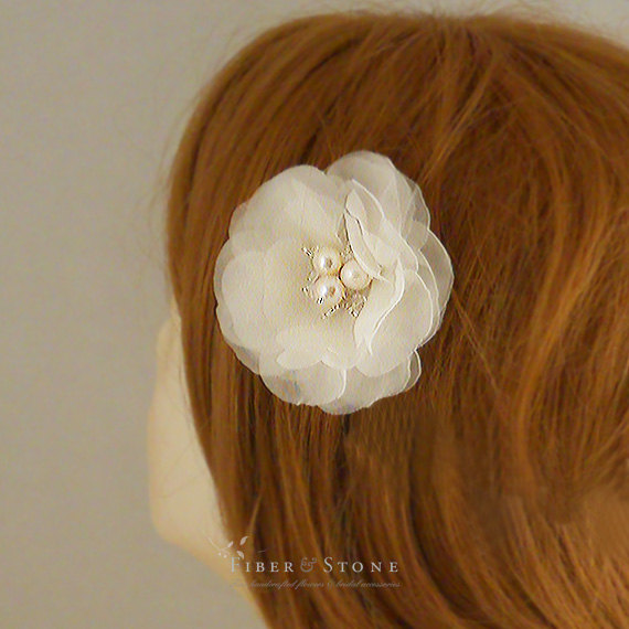 Hochzeit - Pure Silk Ivory Wedding Hair Flower Clip, Flower Bridal Hair Piece, 2.5 inch Wedding Hair Flower, Freshwater Pearl Wedding Hair Accessories