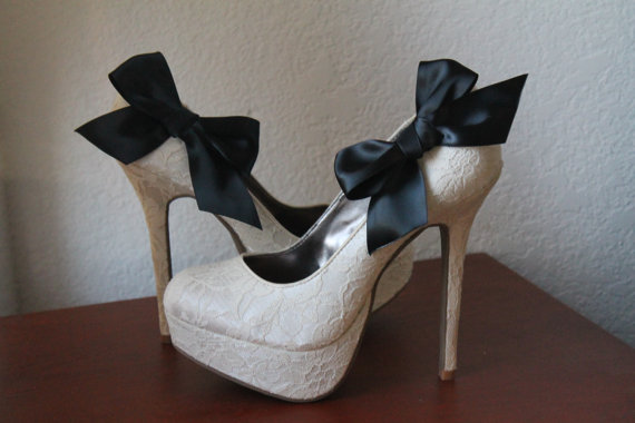 Свадьба - Black Ribbon Bow Shoe Clips - 1 Pair