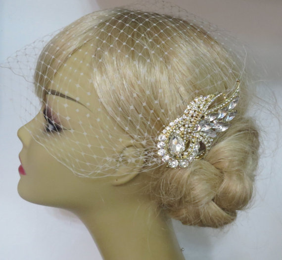 Свадьба - Golden Comb and Birdcage Veil ,bridal veil, Floral Hair Comb, Wedding Hair Comb, Bridal Hair Comb, Gold Comb Gold Plated a headpieces rhines