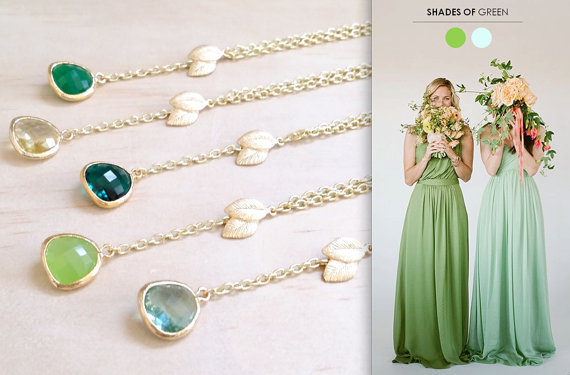 Свадьба - Shades of Green necklace green jewelry Gold Leaf necklace Bridesmaid Gift Lariat necklace Y necklace woodland wedding