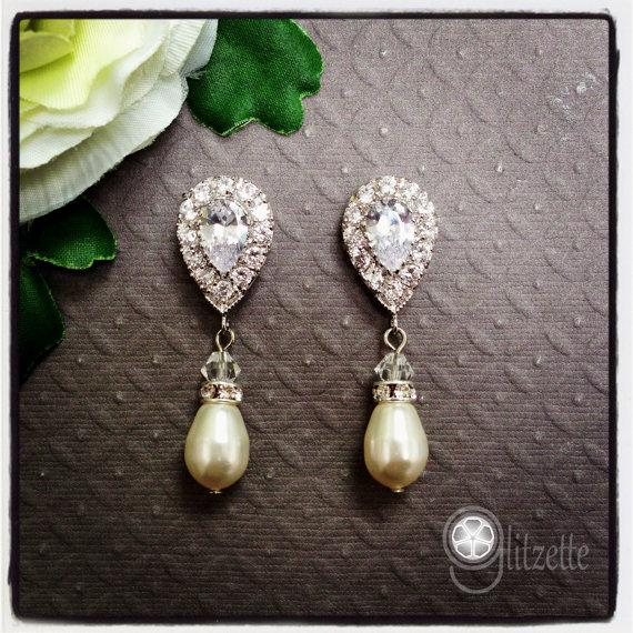 Mariage - Bridal Earrings Wedding Earrings Wedding Jewelry Bridal Jewelry Vintage Inspired Mother of the Bride Mother of the Groom