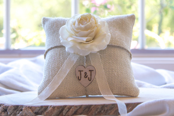Mariage - Ivory Ranunculus custom ivory burlap ring bearer pillow  shabby chic with engraved heart  initials... many more colors available